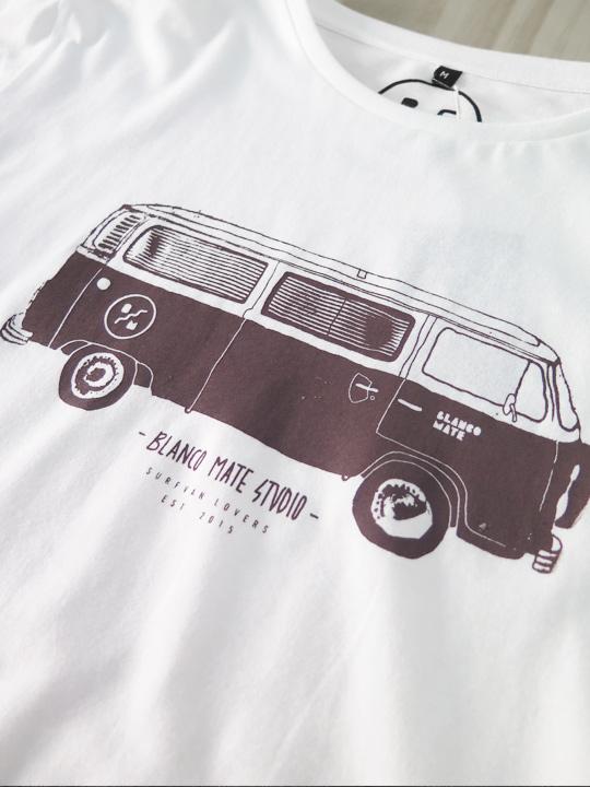 t-shirt-surfvan-macro