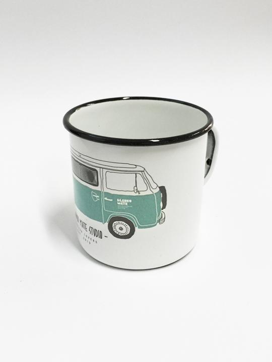 vintage-enamel-mug-blanco-mate-surfvan-1